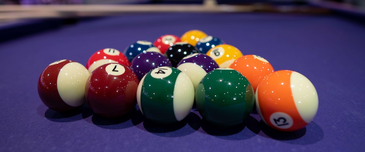 Shiny Pool Balls Set In Triangle On Pool Table 9 (4)